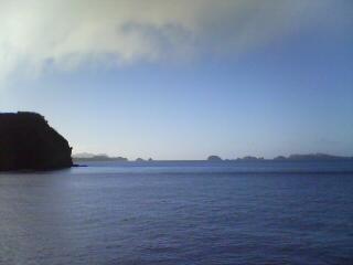 光と影の季節 in <br />  母島沖港